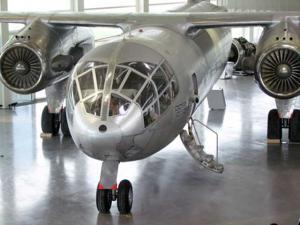 Senkrechtstarter Do 31 im Hangar des Dornier Museums