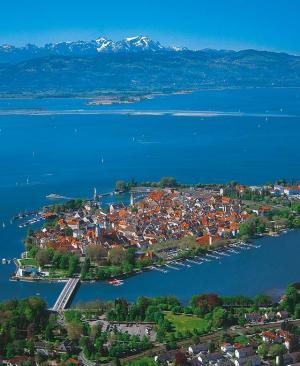 Foto: Lindau Tourismus und Kongress GmbH – Luftaufnahme Insel Lindau