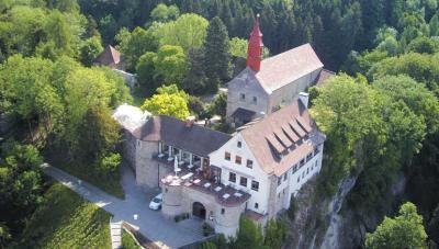 Foto: Luftbild Burgrestaurant Gebhardsberg
