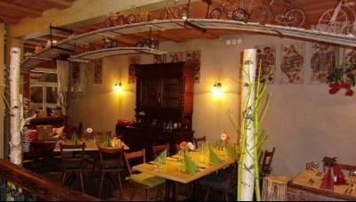 Im Restaurant Tenne lassen sich die kulinarischen Leckereien des Buffets genießen